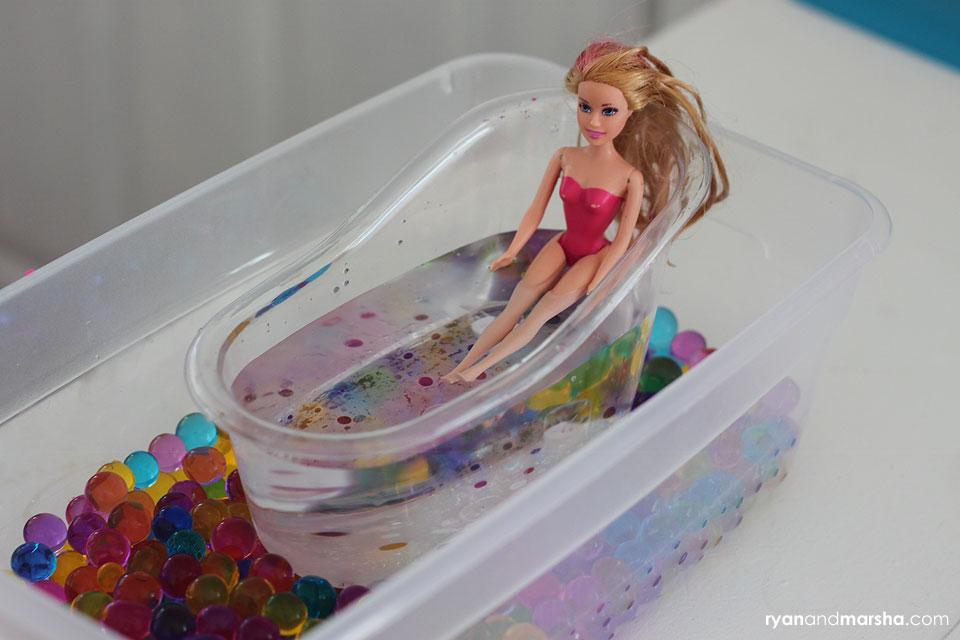 barbie-water-bead-play