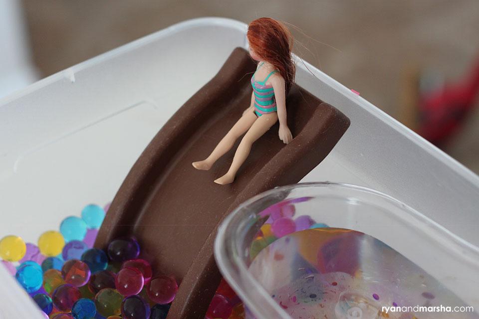 barbie-water-bead-play2