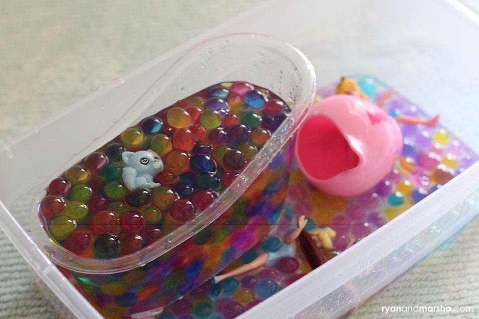 barbie-water-bead-play9