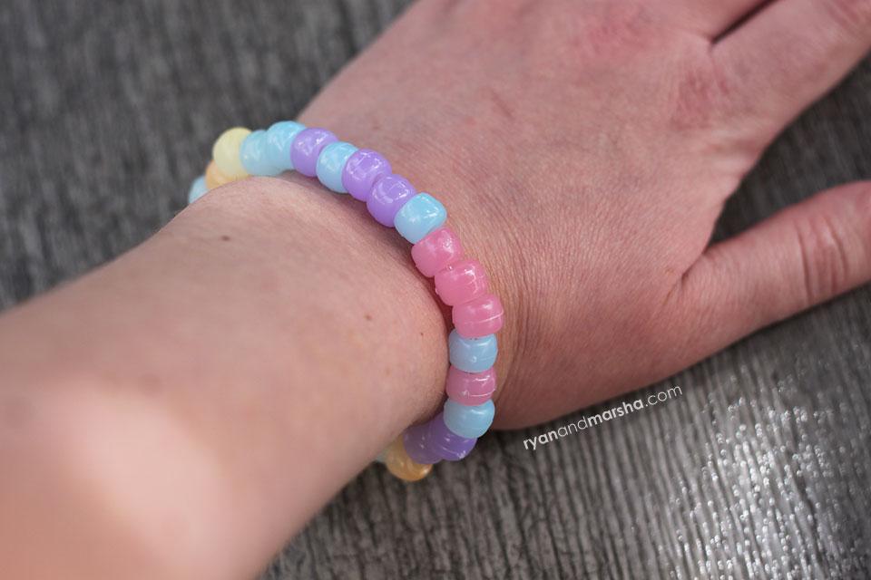 UV-Bracelet-3